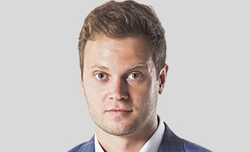 Илья Подоляк